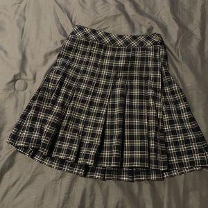 H&M Plaid School Girl Mini Pleated Skirt